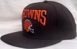 "NFL グッズ NewEra Cleveland Browns(クリーブランド ブラウンズ) DeadStock Vintage SNAPBACK CAP ""ヘルメット""(茶)"